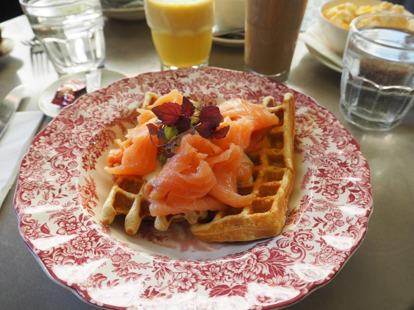 Kafi Dihei Brunch waffle