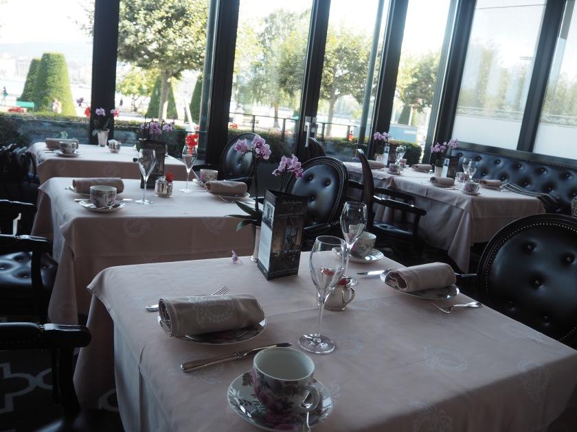 Afternoon Tea Hotel d'Angleterre Windows