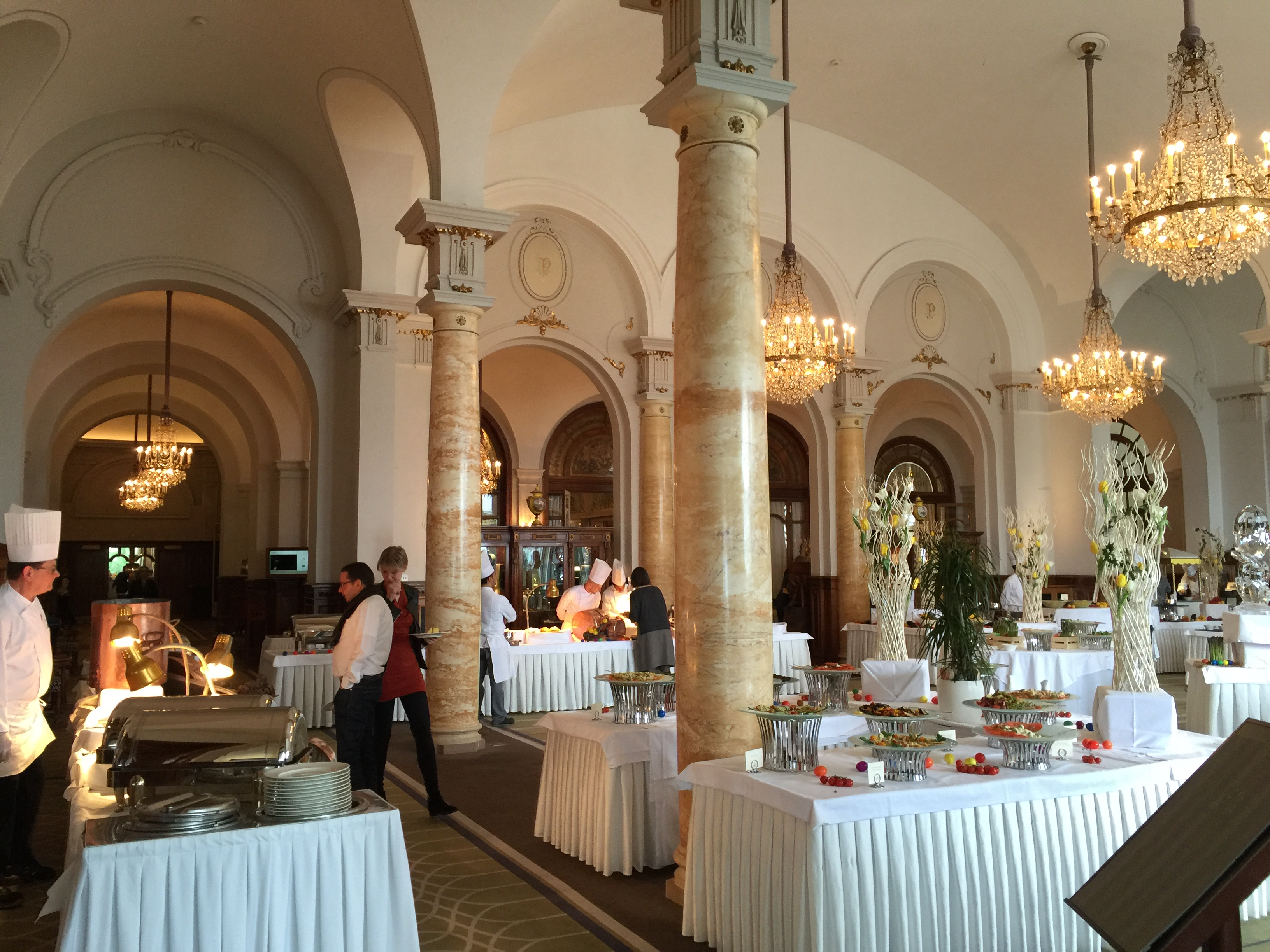 montreux palace sunday brunch