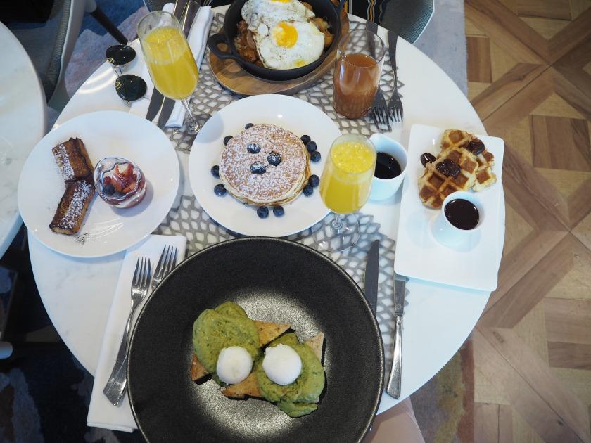 Genve Mimosa Et Brunch La Carte Au Ritz Carlton Htel De Paix